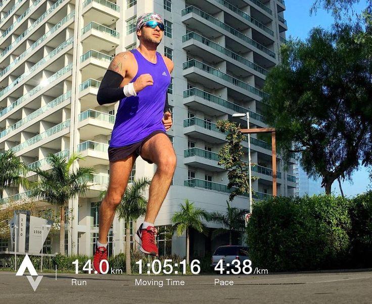 E fim!! Esse foi o último treino longo antes do grande dia da maratona de Porto Alegre!! Agora serão só mais dois treininho leves só de rodagem pra manter o que foi treinado. Se estou preparado? Olha eu confio muito no meu treinador @marcelocamargotreinamento que me diz que sim. O trabalho que foi feito foi incrível! Nunca pensei que iria conseguir estar tão bem fisicamente. Hoje à beira dos meus 37 anos posso falar com toda segurança que estou na melhor forma física de toda a minha vida…