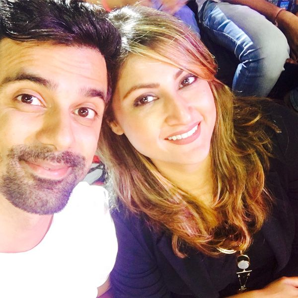 Anuj Sachdeva and Urvashi Dholakia dating AGAIN after 6 years? #FansnStars