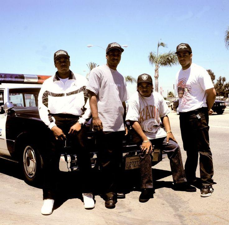 Dr Dre, MC Ren, Eazy E et DJ Yella de NWA (1990) - Crédit Photo Janette Beckman