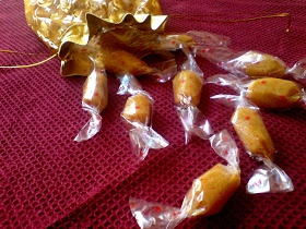 4th Sense Cooking: Pineapple Toffee :)