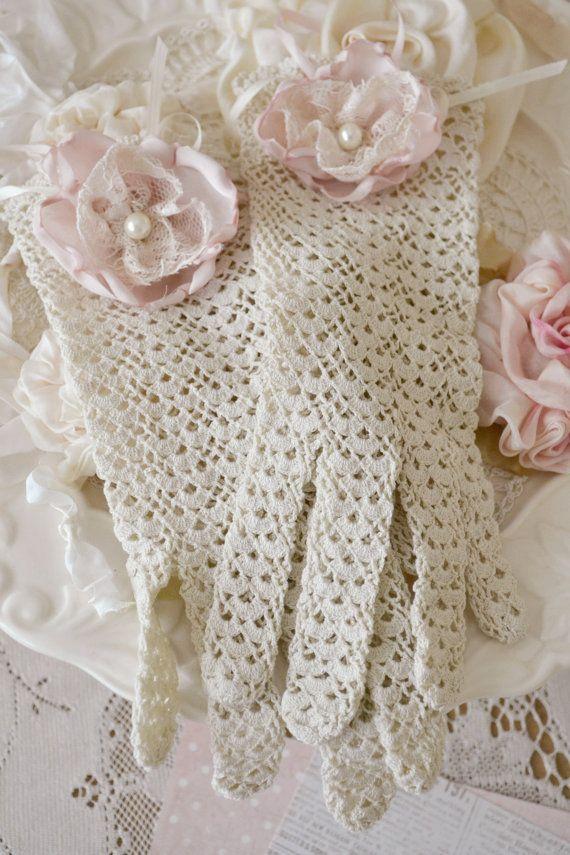 Best 25+ Lace gloves ideas on Pinterest
