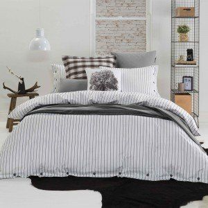 White Comme Quilt Cover Set