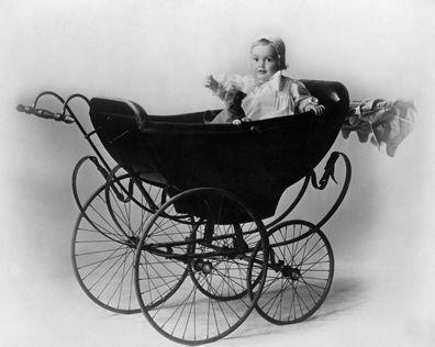 whataboutbobbed:  Olivia de Havilland, age one, in Tokyo, Japan