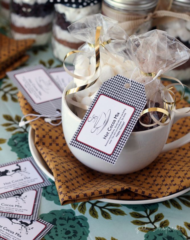 Hot Cocoa Printable Labels - free download - with hot cocoa recipe. | thegirlinspired.com
