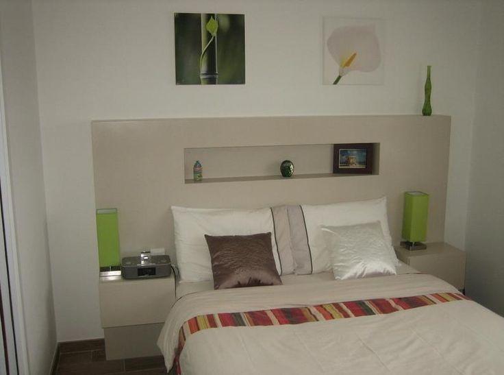 t te de lit am nag e de niche et chevets idees pinterest niche chevet et tete de. Black Bedroom Furniture Sets. Home Design Ideas