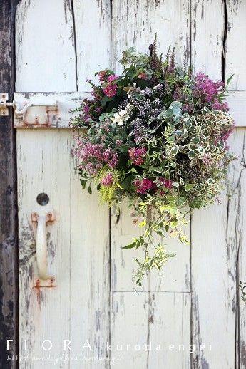 ピンクの壁掛けハンギング |フローラのガーデニング・園芸作業日記