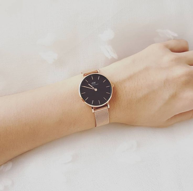 Daniel Wellington Discount! Code: ALISSA15 for 15% OFF + Free Shipping! Styles to choose from & mix and match your watch bands. Perfect accessory⚡️ #danielwellington #discount #watches #ad #accessories #shopping