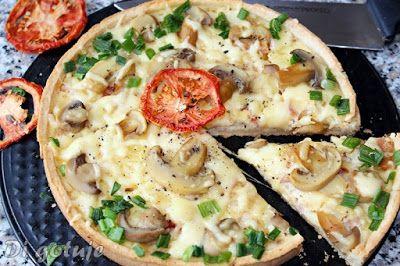 Di gotuje: Tarta z boczkiem, serem i marynowanymi pieczarkami...