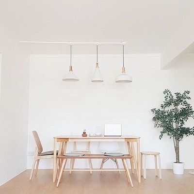 Swooning over this Singapore based minimalist dining room.