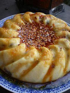 Un bon gâteau de semoule a faire ! il est facile , rapide et il plaira a toute la famille! Je vous laisse la recette! Les ingrédients: 1 Litre de lait 130 g de semoule fine 70g de raisins secs 2cas de crème fraîche épaisse arôme vanille 80g de sucre 2...