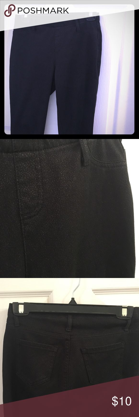 Black womens jeggings Faded glory size S, has small black speckled print. Skinny legged , worn as leggings with boots. Elastic waistband. Faded Glory Pants Leggings