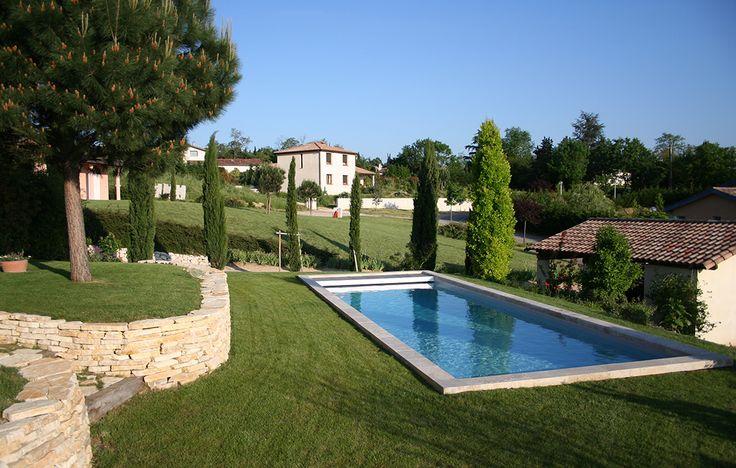 Portelli, constructeur de piscine traditionnelle sur Toulouse et ses environs. Découvrez notre galerie côté piscine
