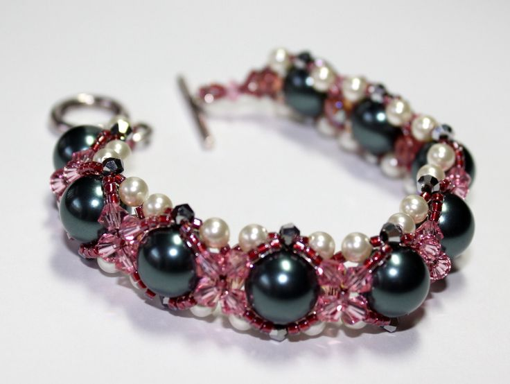 This elegant bracelet is made up of 10mm Swarovski Pearls, 3mm & 4mm Swarovski Crystals, Japanese Seed Beads and Czech Glass. This bracelet can be custom-made with other colours. Length – 18.5cm. Width – 15mm. $60  www.preciouzpiecez.com.au