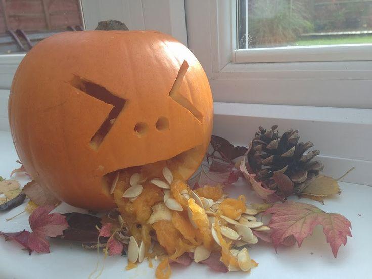 Cukinando: Calabaza vomitando. Decoración para Halloween