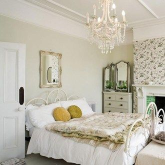 Romantic French theme, bringing your travels from Paris to home #bedroom #ergoflex