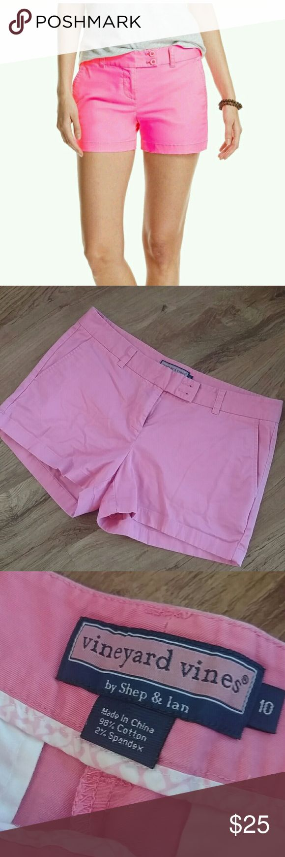 "Vineyard Vines Washed Dayboat Shorts In EUC! No flaws. 98% cotton 2 % elastane . Inseam 3.25"" Vineyard Vines Shorts"