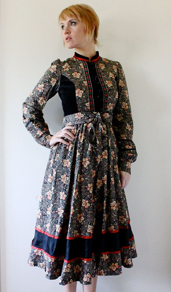 "70's Jessica McClintock Gunne Sax Dress $118.00  I had one ""back in the day"". I loved Gunne Sax dresses!!"