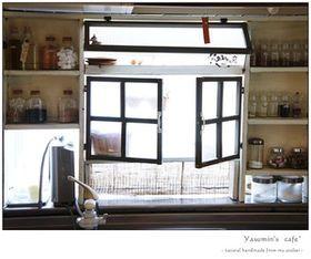 DIYで作るキッチン出窓の使い方・活用法まとめ(作り方 アイデア 収納 棚 自作 - NAVER まとめ