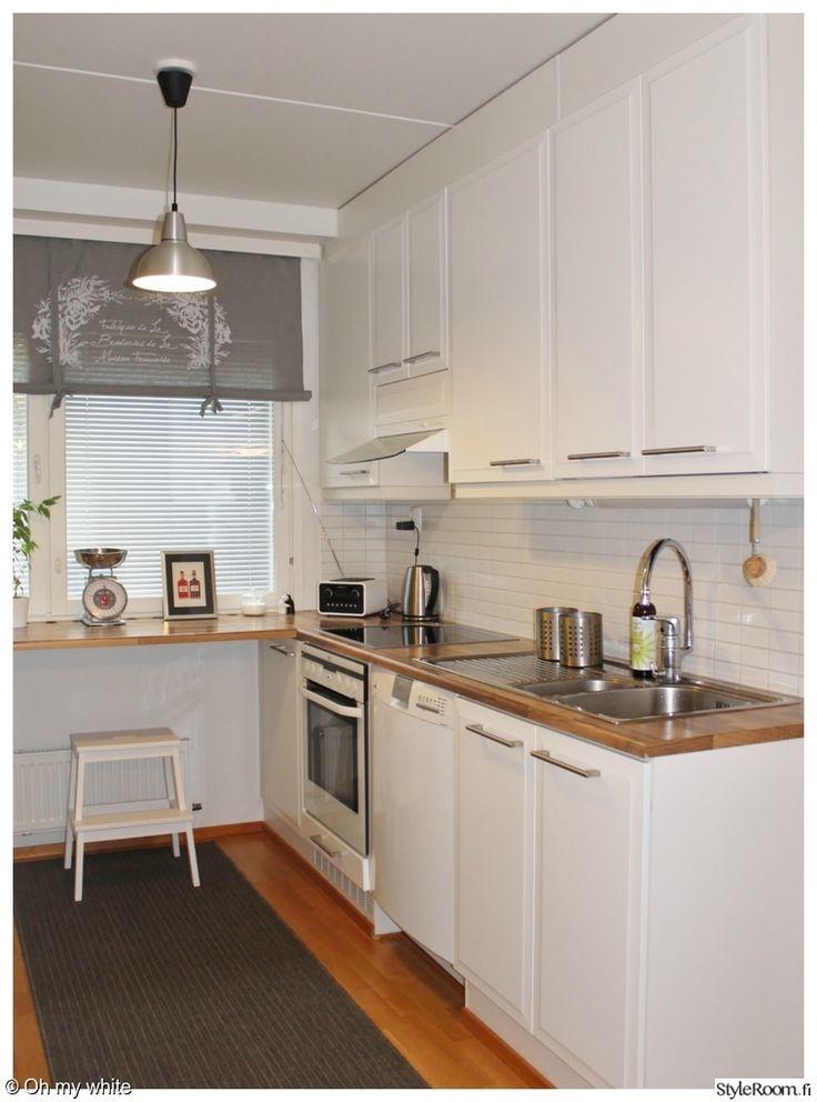 keittiö,keittiön verhot,keittiön välitila,valkoinen