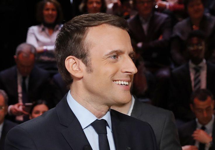 Obama endorses Macron in French election #Politics #iNewsPhoto
