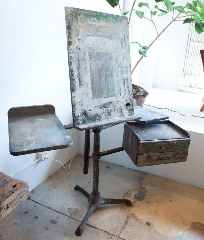 http://www.1stdibs.com/archivesE/1stdibs/060711/GalerieHalf//20/_MG_7147.jpg