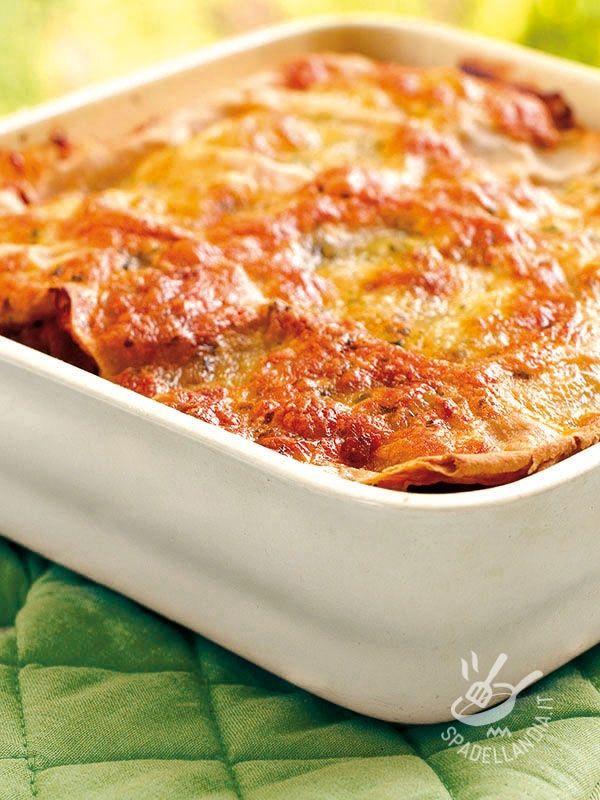 Lasagne with artichokes and ham - Le ricette come quella delle Lasagne ai carciofi e prosciutto cotto rendono felice tutta la famiglia perché sono davvero ghiotte e succulente. Da provare! #lasagneaicarciofi