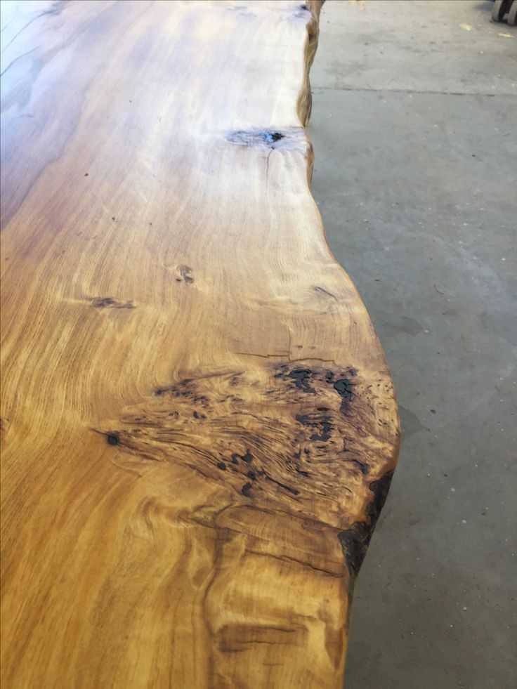 Can you see why the call it yellow wood? #livedge #yellowwood #woodslab #woodwork #capetown #tablemountingco