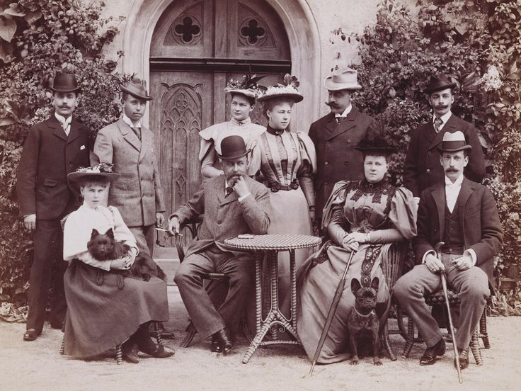 Group, 1896 [in Portraits of Royal Children Vol.43 1896-1897] | Royal Collection Trust