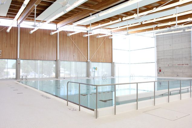 St. Catharines Kiwanis Aquatics Centre - Leisure/Therapy Pool