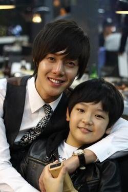 Playful Kiss ♥ Kim Hyun Joong as Baek Seung Jo ♥ Choi Won Hong as Baek Eun Jo