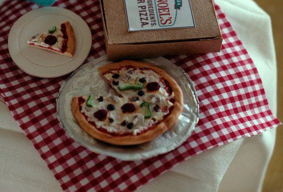 My Elf Izza: Pizza Lover by WondermintShoppe on Etsy