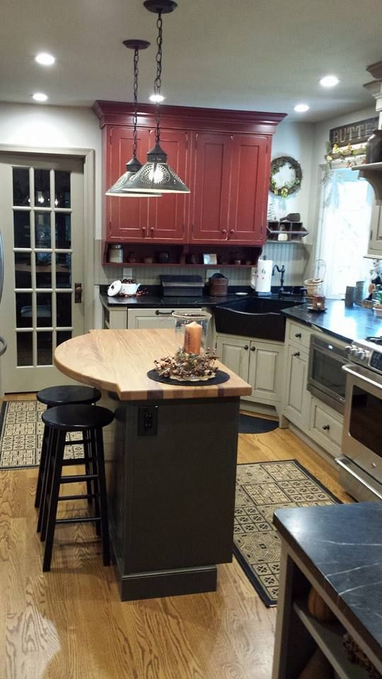 Country Kitchen Soapstone Sink And Countertops Country Red Green And Sand Cabinets