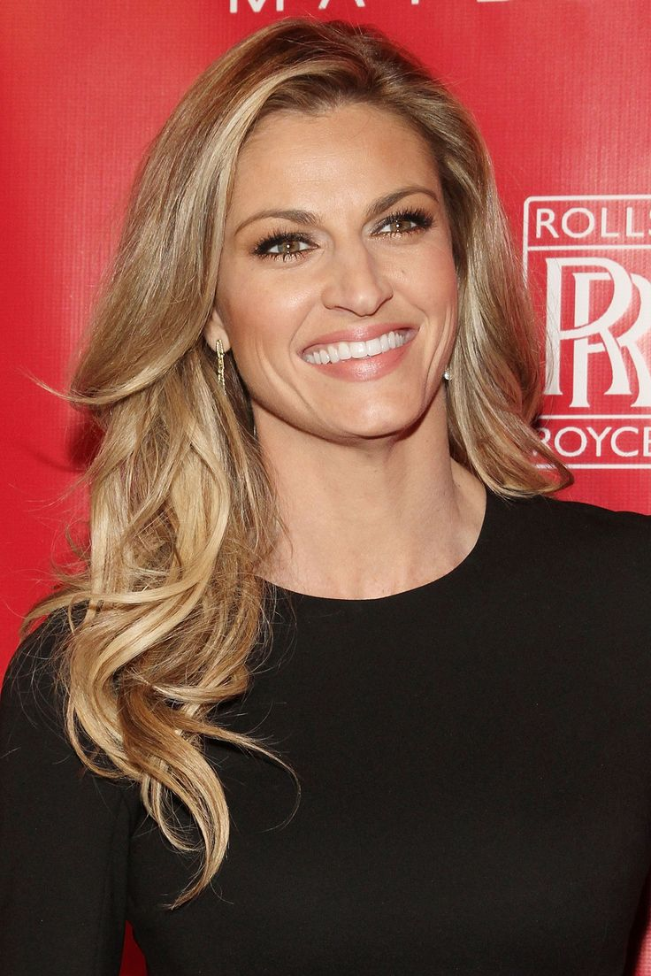 Erin Andrews Reveals Favorite Dancing With the Stars Season 18 Contestant
