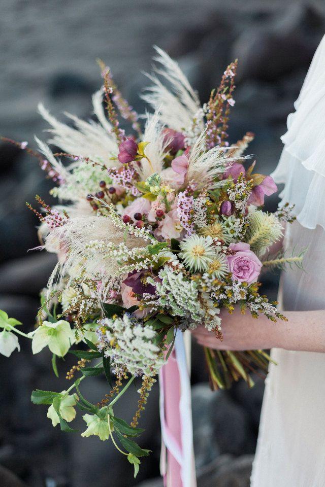 Soft, pastels | Lavender wedding florals