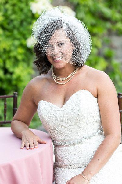 Birdcage wedding veil #shorthair #bride #lacedress