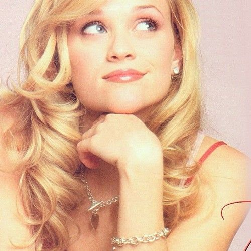 Reece Witherspoon - Legally Blonde.