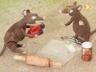 De ratten vinden op de afvalhoop een magneet en verzinnen een aantrekkelijkheidsproef. Govert trapt er in. Hij moet met zijn persoonlijkheid een magneet aantrekken.