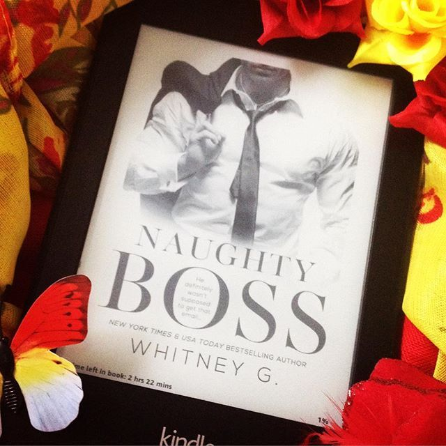 Michael is the demanding CEO of a top publishing house with a never ending list of demands from his PA Mya. Unfortunately, she likes to email her bestie with a daily 'Ass-holery Report' which inadvertently gets sent to him ☺️ Naughty Boss by Whitney G is a lighthearted sexy novella 😃🔥🔥 #naughtyboss #whitneyg #romcom #whattoreadnext #whattoread #novella #steamy #reading #womensfiction #books #bookstagram #bookphotography #bookphoto #igreads #kindle #kindlepaperwhite #booklover #bookaddict…
