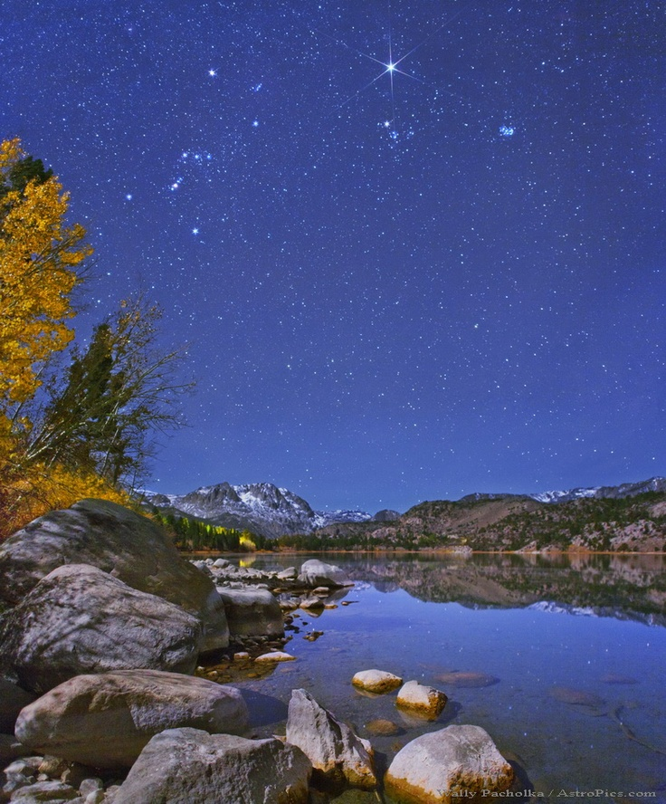 How romantic :) Starry Lake June Lake in California