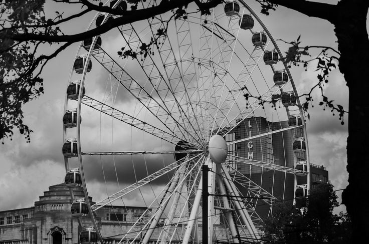 Wheel of Manchester, Piccadilly Gardens by Jakub Hajost on 500px