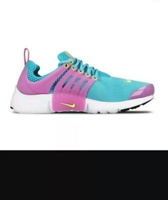 Shop Women's Nike Pink Blue size 9 Sneakers at a discounted price at  Poshmark.