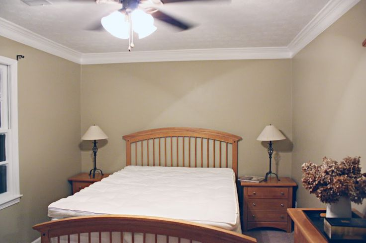 Diy crown molding tutorial home organizing decorating for Crown molding bedroom ideas