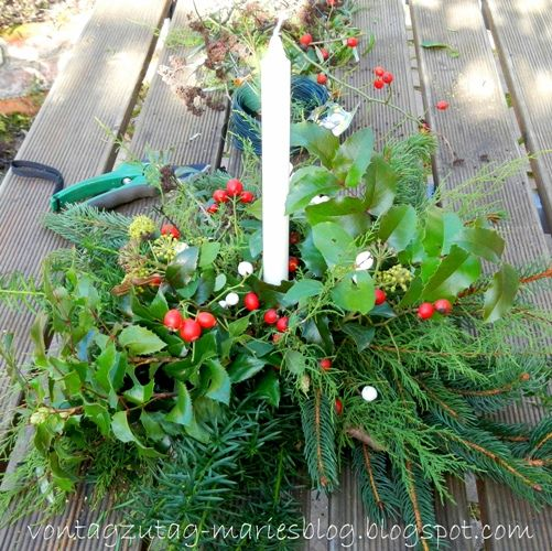 Von Tag zu Tag - Maries Blog: Zu Allerheiligen auf den Friedhof - oder: ein Gesteck für viele Gelegenheiten