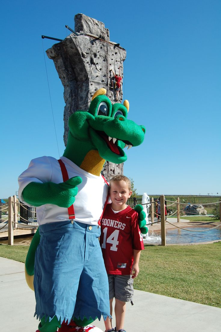 Andy Alligator's, located in Norman, Oklahoma is the perfect place for a family outing!