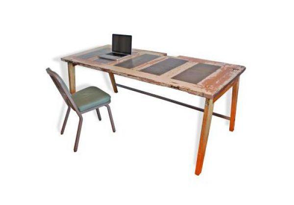 The 25 best old door desk ideas on pinterest door desk for How to turn an old door into a table