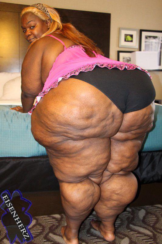 chubby behaarte frauen butts