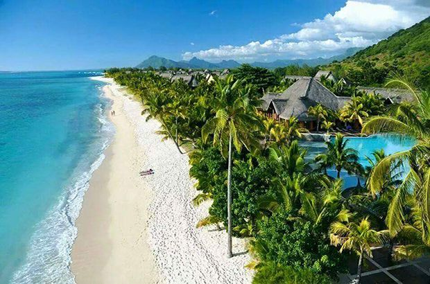 Mauritius Honeymoon Destination Inspiration - Honeymoons are a much-needed break after months of wedding planning. Browse through some honeymoon ideas of the best beach and city destinations...