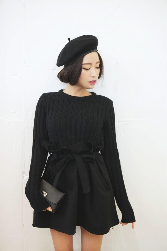 béret femme noir et robe noir pour les filles elegantes