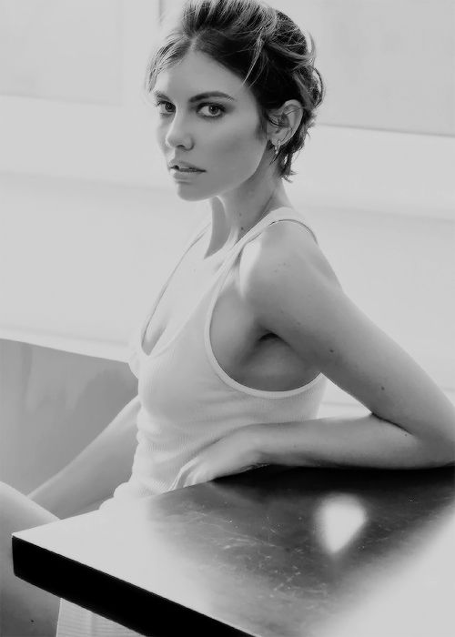 Lauren Cohan photographed by Greg Kadel for GQ Mexico