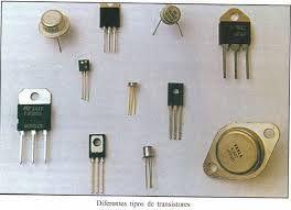 Transistores:El transistor bipolar fue inventado en los Laboratorios Bell de Estados Unidos en diciembre de 1947 por John Bardeen, Walter Houser Brattain y William Bradford Shockley